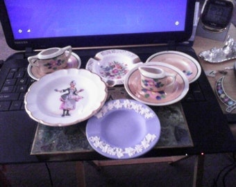 Assorted Miniature Dishes with Sugar and Creameer