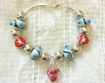 Mom Red Heart Charm Glass Lampwork White Beads Silver Plated Bracelet 7-9 Inches Adjustable