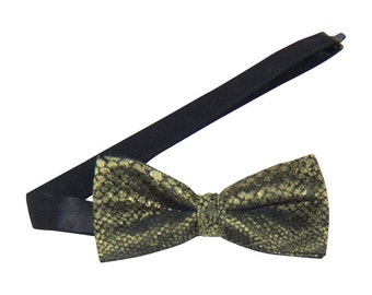 Gold Snake Print Banded Bow Tie