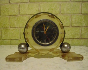 Mechanical Soviet table Clock CHCHZ USSR.