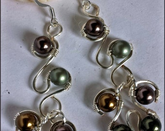 Capriccioso Earrings made with Swarovski pearls