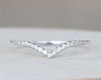 Thin 1.3mm V Chevron Ring - Silver