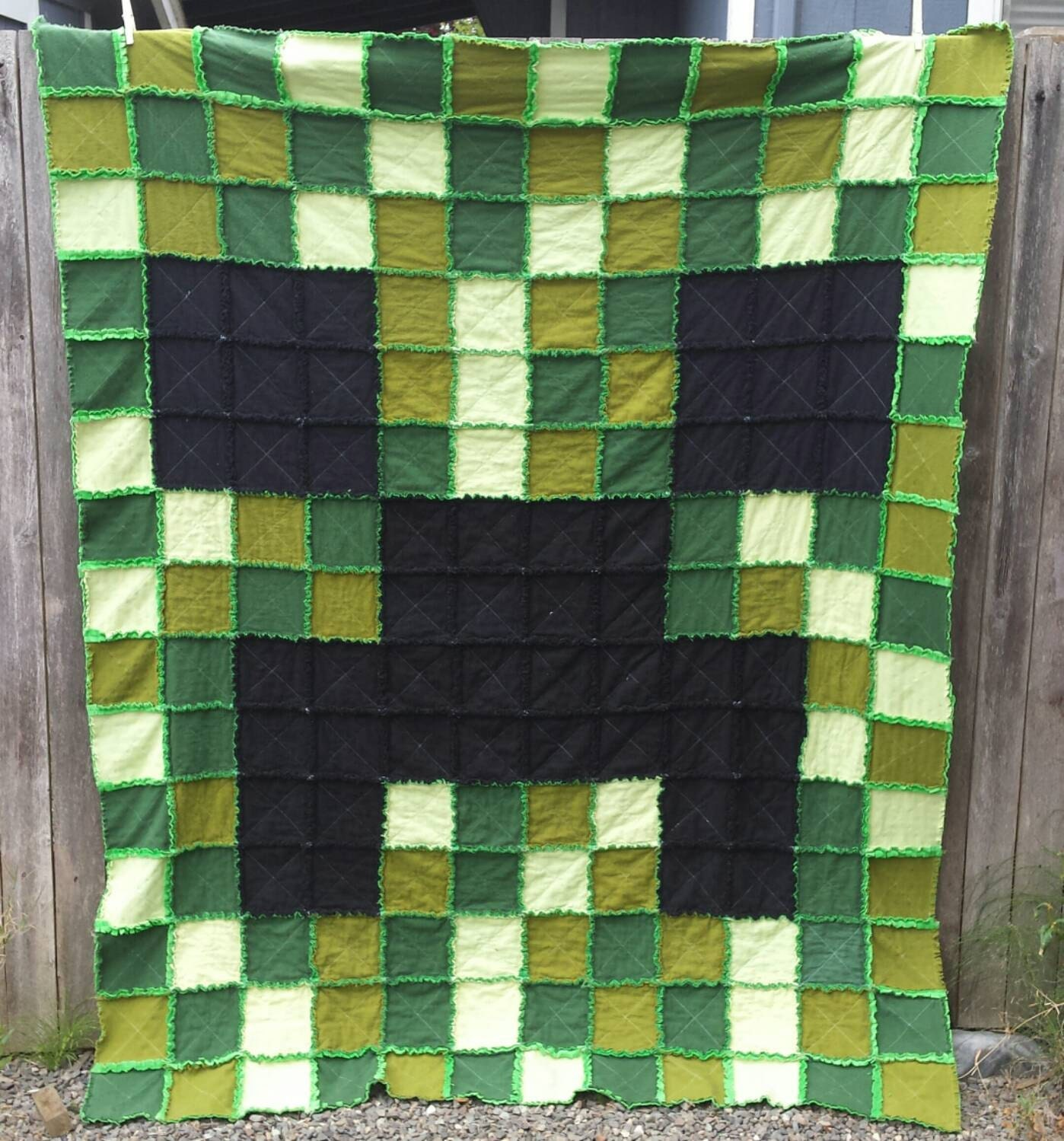 Rag Quilt Patterns For Twin Bed : TWIN SIZE Minecraft Creeper Rag Quilt in greens and black