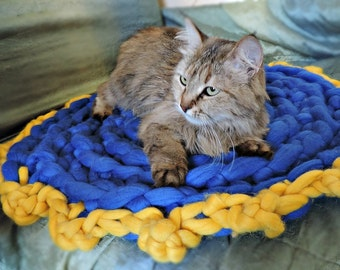 Cat Bed, Cat mat, Pet mat, Chunky Cat Bed, Cat furniture, Cat Cave, Pet bed, Cat house