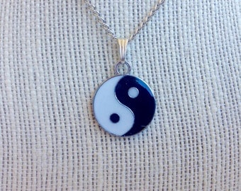 Yin Yang Pendant & Necklace Chain