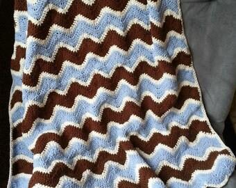 Crochet Heirloom Chevron Baby Blanket