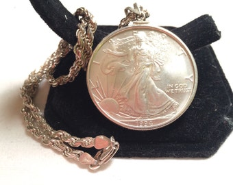 1994 sliver walking liberty dollar pendant with 925 sliver rope necklace