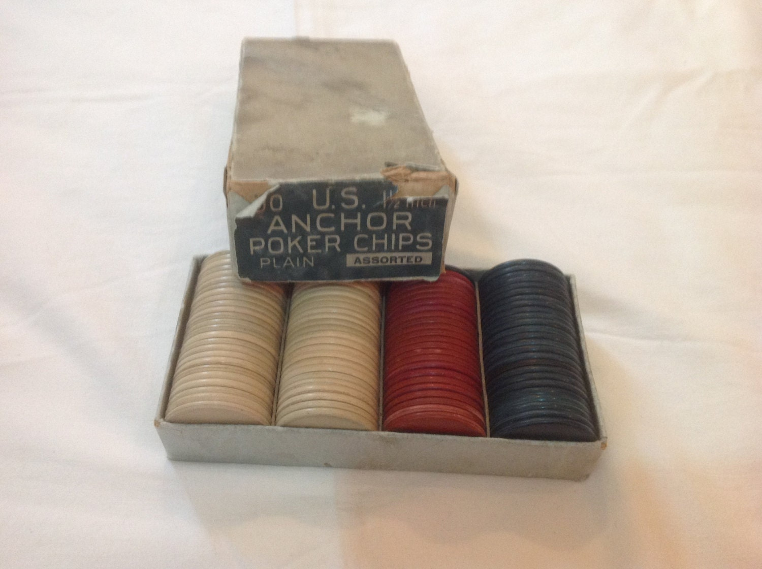 Oil clay poker chips
