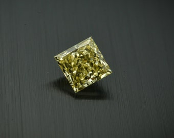 Loose yellow diamond GIA Fancy Intense Yellow Even VVS1 0.69ct