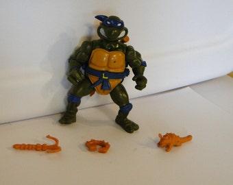 1991 Playmate Teenage Mutant Ninja Turtles TMNT Leonardo with Storage Shell