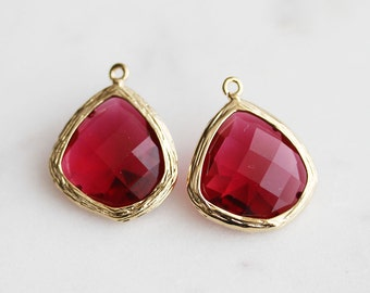A2-001-G-RU] Ruby Red / 15mm / Gold plated / Glass Pendant / 2 pieces