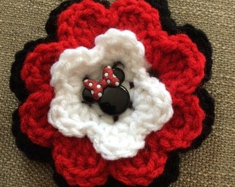 Crochet flower clip with Minnie Mouse button, hair clip, accessory