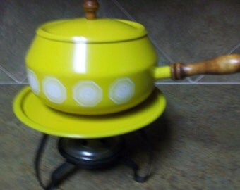 Vintage Fondue Pot Set Home Living Bright Yellow with White Design Fondue Pot Set