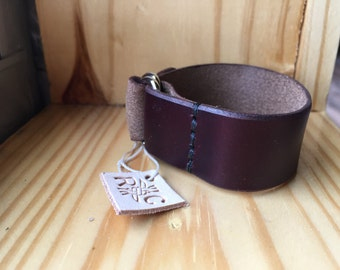 Handmade Horween Chromexcel Leather D ring Bracelet