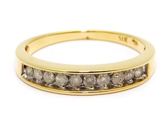 Vintage 14k Yellow Gold .25ct Diamond 3.5mm Wedding Band Stack Ring Size 7.5