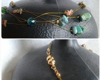 Stringy - Beaded necklaces with gold strings