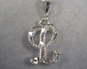 Letter L initial pendant charm in sterling silver