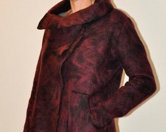 Nice warm felted woman jacket aubergine of wool and silk. Handmade. Unique piece