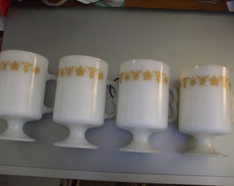 4 Vintage Pyrex Corelle Footed Pedestal Coffee Cups Gold/Butterflies EUC