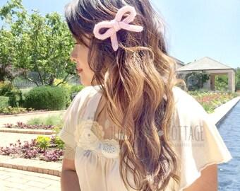 Knitted Bow Hair Clip - Cute Hair Clip, Photo Ops, Girl's Hair Clip, Flower Girl, Birthday Girl, Hair Accessories