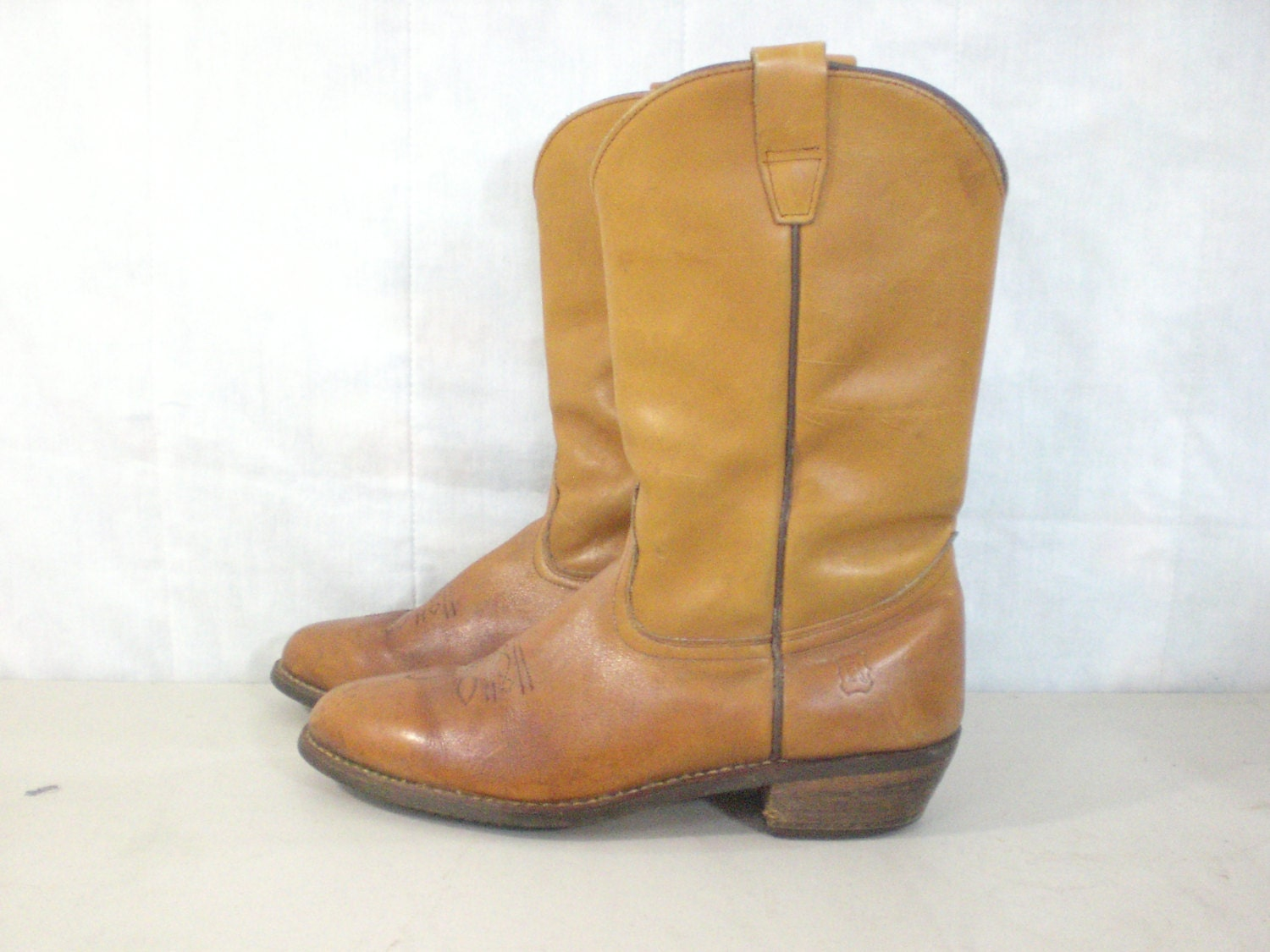 mens cowboy boots size 12 70s boots golden by destriervintage