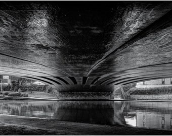 "Bridge over the Medway - 16"" x 12"" Photographic Print"