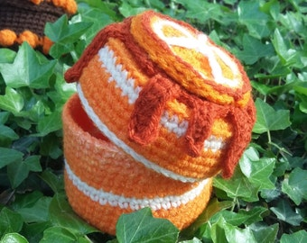 Box Bavarian cake with orange amigurumi