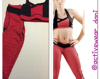 OUTFIT CAPRI and TOP, one size fit all and fit well