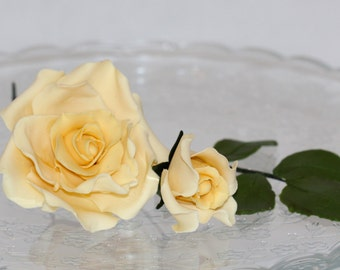 Beautiful sugar paste rose and bud for Wedding cakes - Yellow