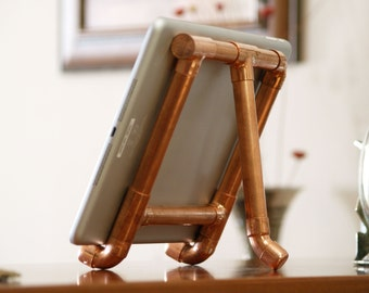 The Eurocent copper tablet stand with adjustable viewing angle and two modes of use