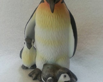 Vintage Bisque Lefton Mother and Babies Penguin Figurine