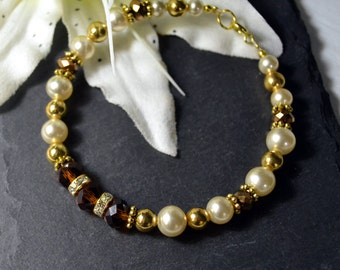 Glamour crystal and pearl bracelet