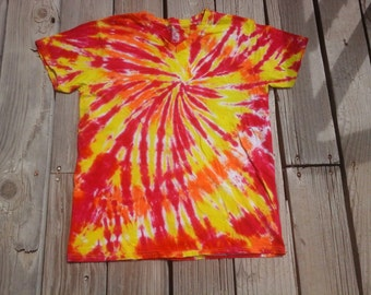 Pinwheel Tie Dye Shirt Made to Order. With Short Sleeves. Died in Fuchsia, Yellow, and Orange. Adult Small - XXLarge. V-Neck or Round Neck