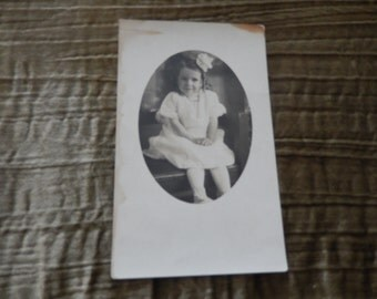 ANTIQUE PHOTOGRAPH POSTCARD of Young Girl
