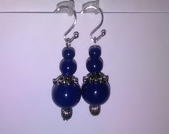 Very pretty blue earrings with silver bead cap. Cheap earrings! Cheap gift!
