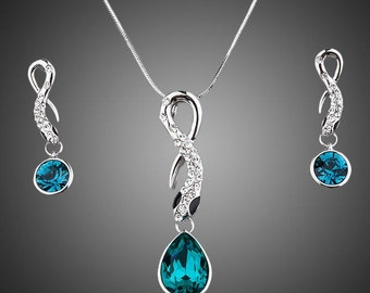 Blue Crystal Drop Necklace Set