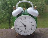 Mechanical Wehrla alarm-clock vintage / Wehrla clocks / Shabby chic clock / Green clock / Made in Germany /