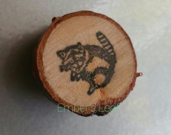 Raccoon Magnet, Very Strong, Oak Slice