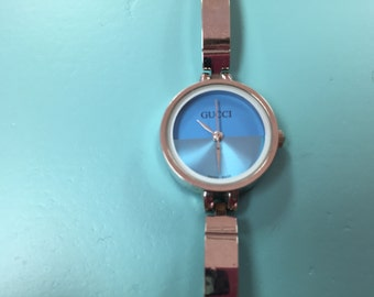 1990's women's Gucci watch size 7