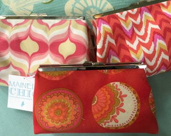 Beautiful Clutch Purses - a great purse for the summer
