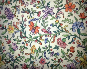 Scandinavian Vintage 1970s multicolor flower quilt fabric in cotton from Sweden.