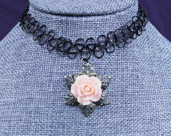 Rose Choker Necklace In Pink Or Blue