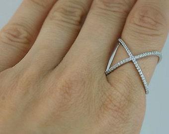 Criss Cross X Ring