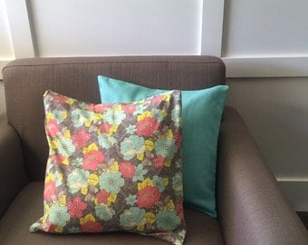 Floral and Aqua floral pillow set