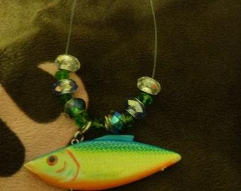 fish necklase