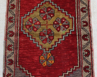 Traditional Handmade Anatolian Wool Carpet Pad Rug 7682