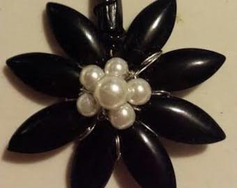 Black  Bead Flower Pendant