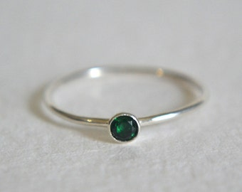 Sterling Silver Emerald Ring, Emerald Ring Silver, Stackable Ring, Stacking Ring, Dainty Ring, Silver Emerald Ring