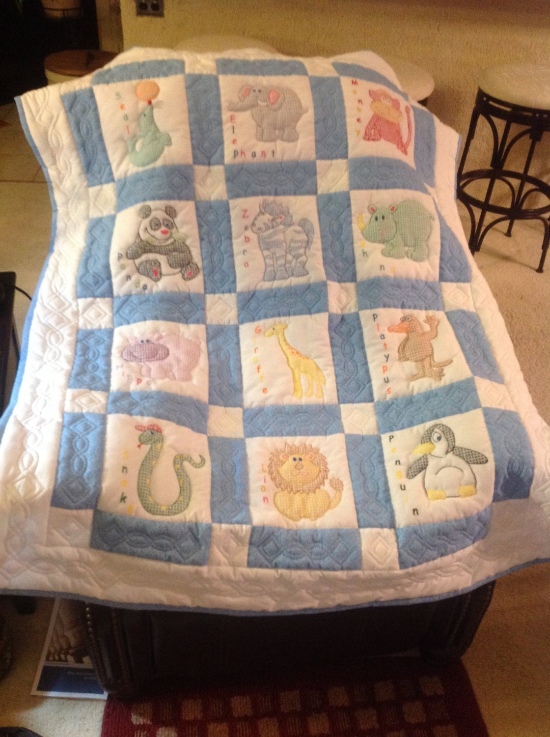 Baby Gift Quilt : Baby quilt shower gift zoo animals hand quilted