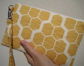 WEDDING CLUTCH 2 pockets gift pouch bridesmaids,handmade wristlet - Hive in maize